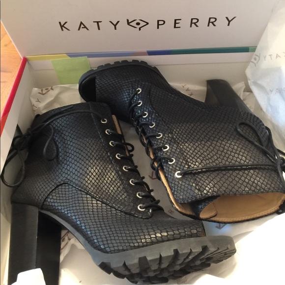 6ca008ac53f7 Katy Perry Originals Shoes